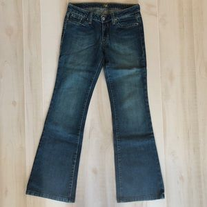 NWOT Kasil Dark Denim Boot up Jeans